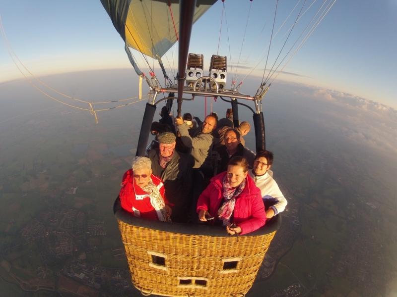 Luchtballonvaart-basketview.jpg